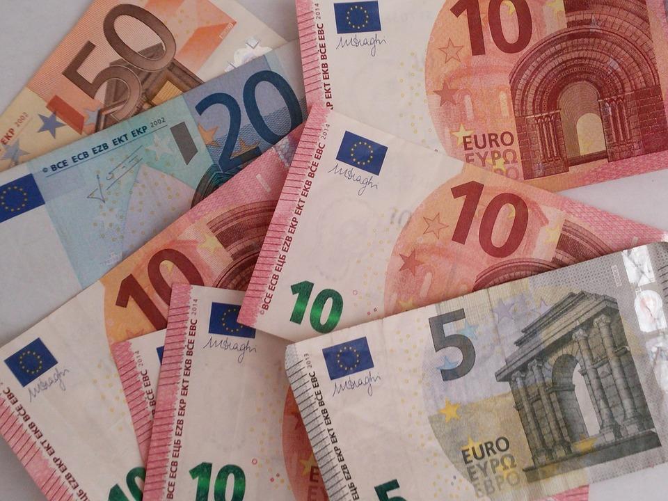 money-1328228_960_720
